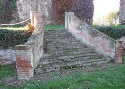 Escalier accès pavillon est