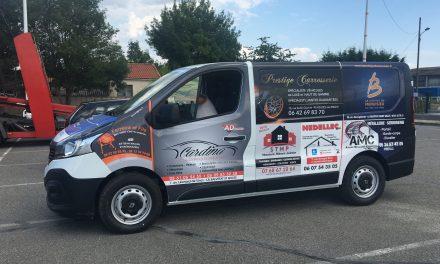 Un nouveau minibus pour les associations